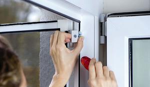 Etap IV - Mocujemy drzwi z moskitierą